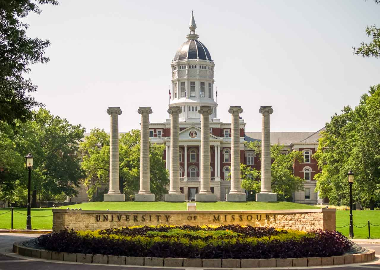 Copy-of-ColumnsAndJessieHall-Campus